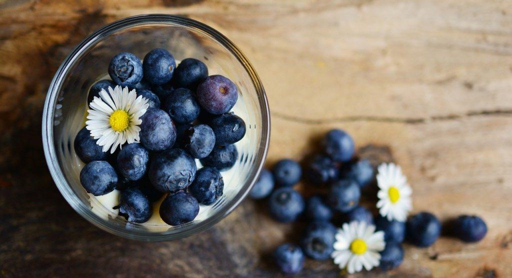 脂質異常症を防ぐ食事方法は?
