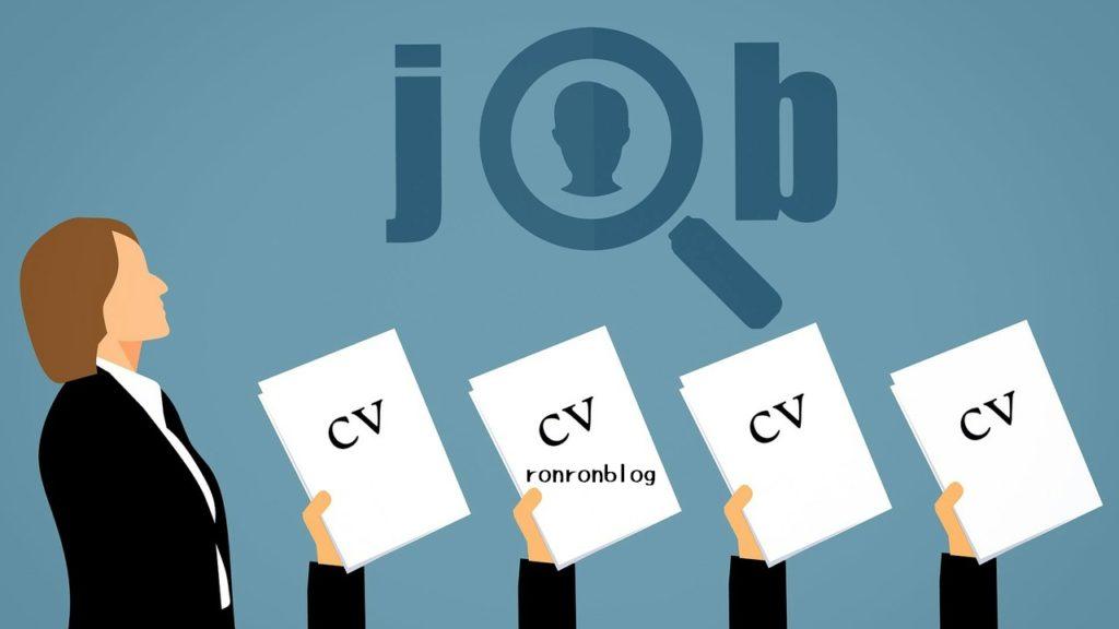 転職活動の方は履歴書と職務経歴書を用意しよう